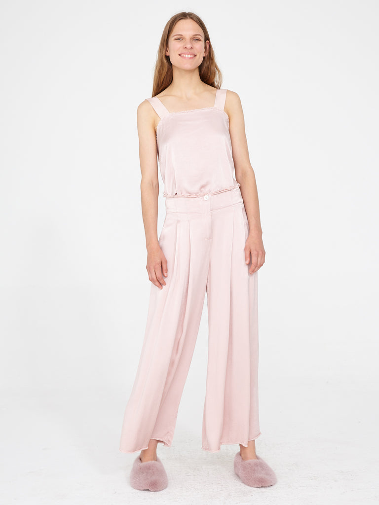 products/Y94-8154_Crepe_Back_Satin_Pleated_Trouser_Rose_1405.jpg
