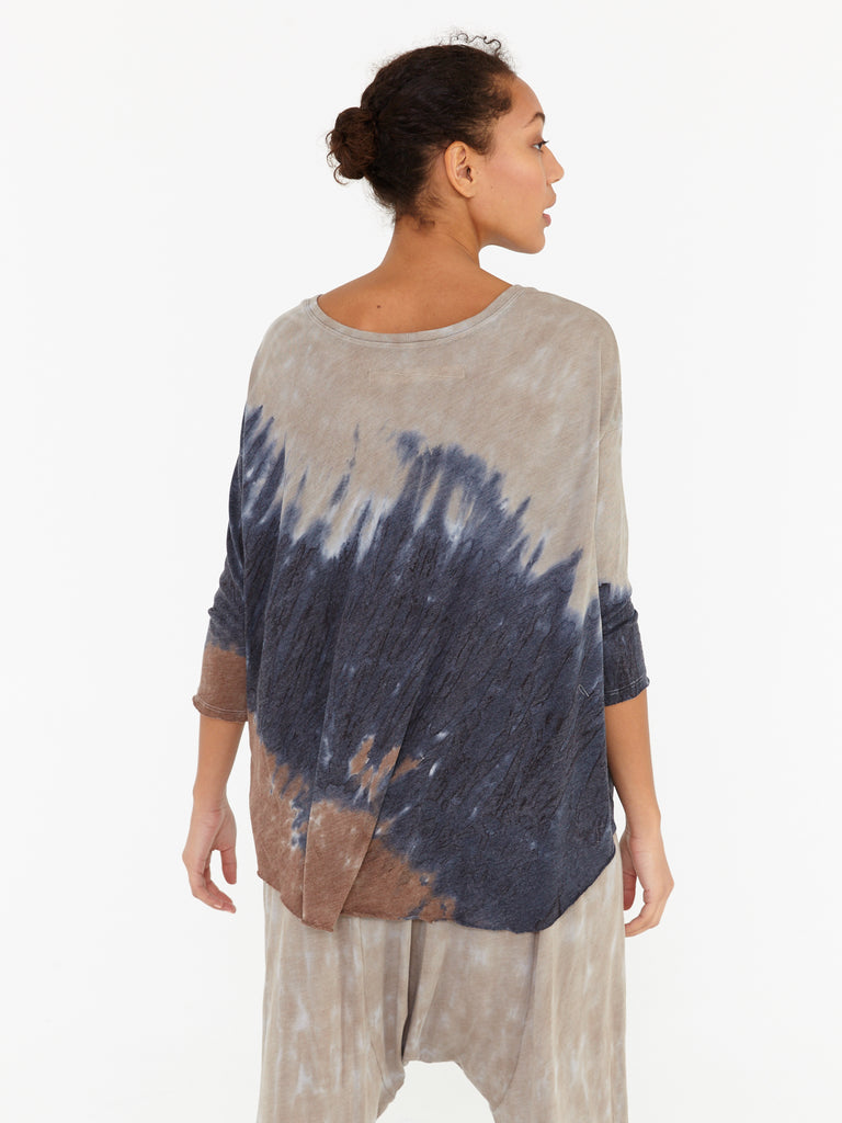 products/Y97-1581TN_Signature_Jersey_3_4_Sleeve_Cocoon_Caves_Tie_Dye_0387.jpg