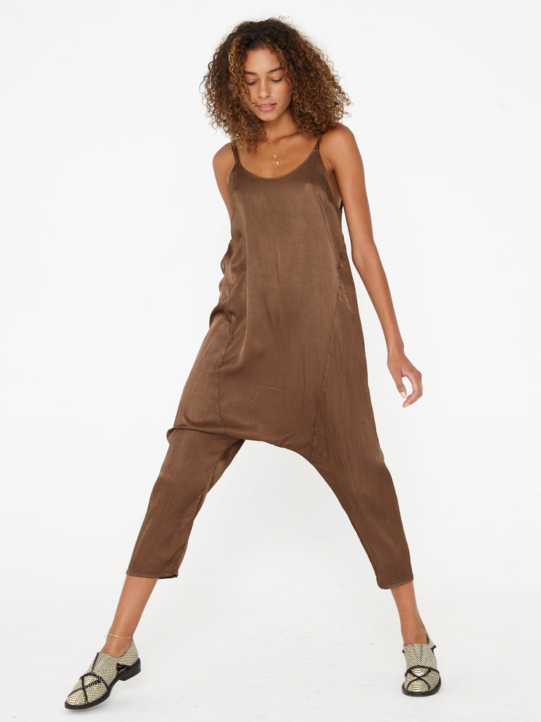 Cargo Pebble Satin Drop Rise Romper