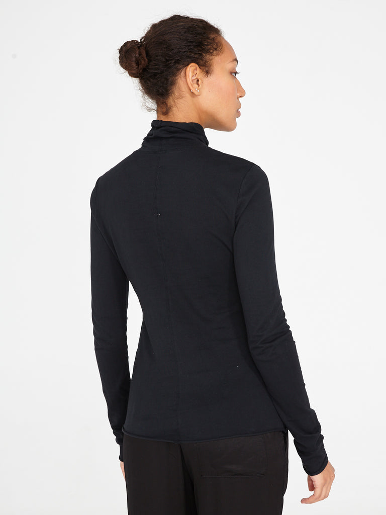 products/Z95-4010_Jersey_Long_Sleeve_Turtleneck_Black_1060.jpg