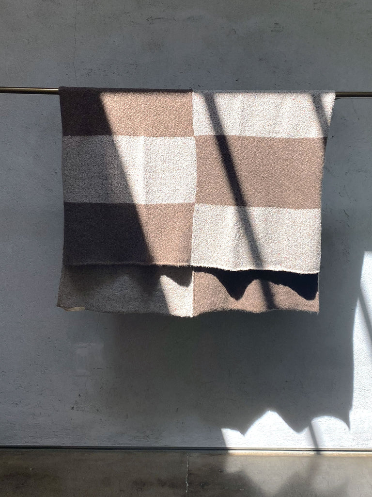 products/Z97-7041-CREAMBROWN-STRIPE-BLANKET_hover.jpg