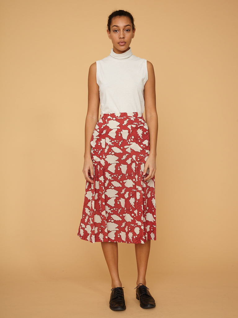 products/Z97-8246_Bold_Floral_Silk_Crepe_Georgette_Dreamer_Skirt_Venetian_Red_Bold_Floral_1476.jpg