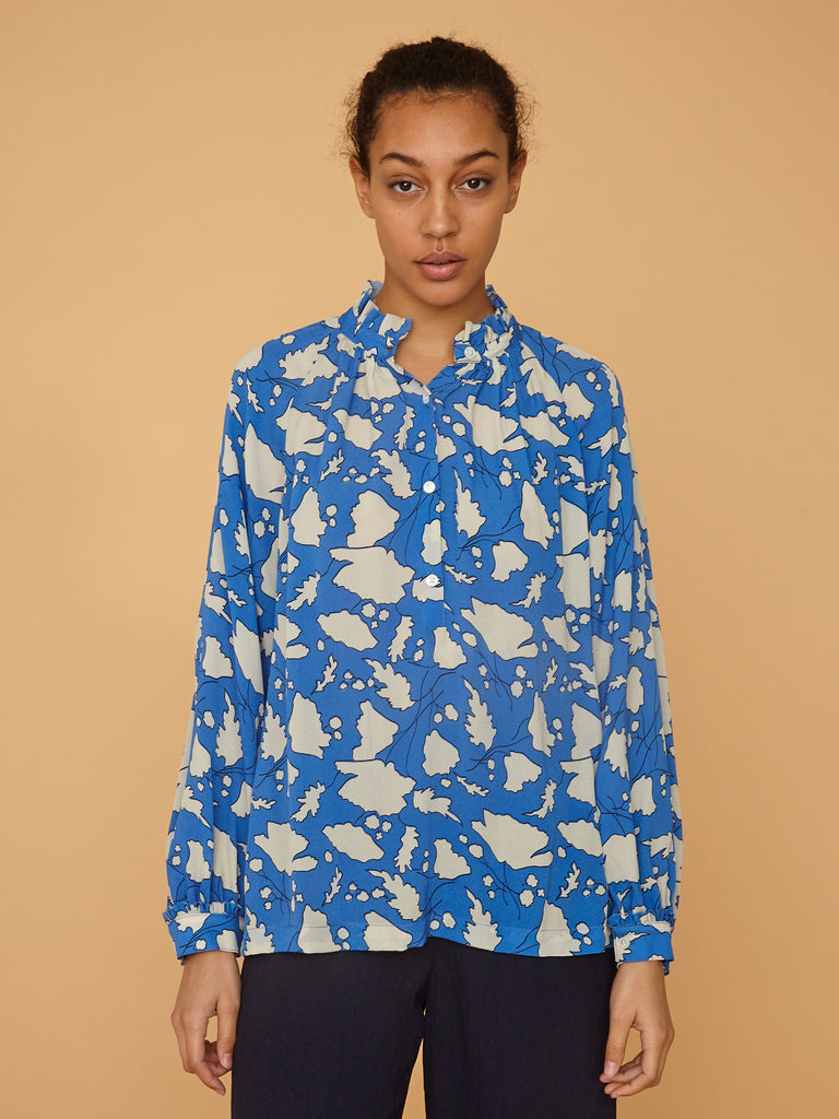 products/Z97-8248_Bold_Floral_Silk_Crepe_Georgette_Victorian_Ruffle_Blouse_French_Blue_Bold_Floral_2323.jpg
