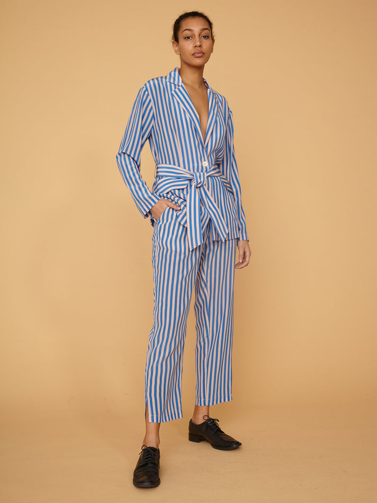 products/Z97-8253_Stripe_Silk_Crepe_De_Chine_Mara_Blazer_French_Blue_Stripe_2551.jpg