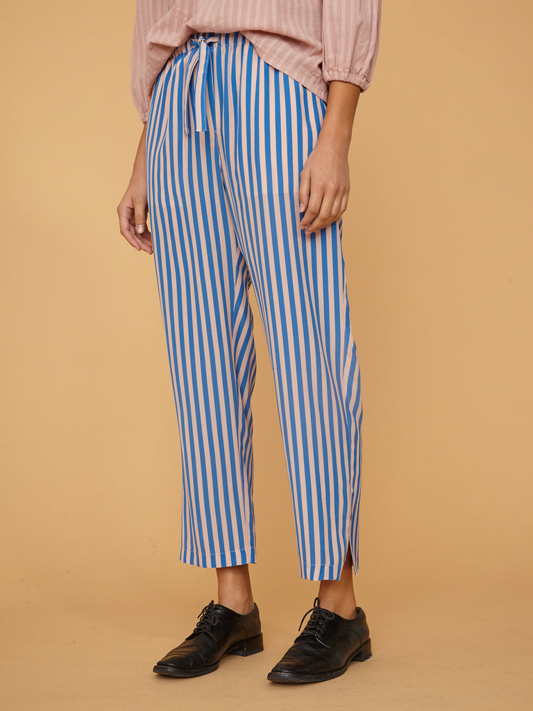 products/Z97-8254_Stripe_Silk_Crepe_De_Chine_Drawstring_Trouser_French_Blue_Stripe_2511.jpg
