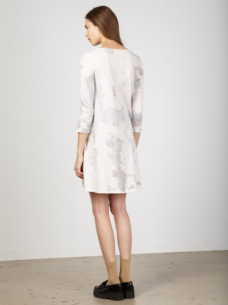 products/y66-1611tn-ivo_Ivory_Tie_Dye_Jersey_3_4_Sleeve_Bell_Dress_RA_H16_Ecom1147.jpg