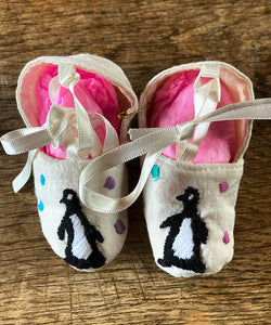 Baby shoes Penguin