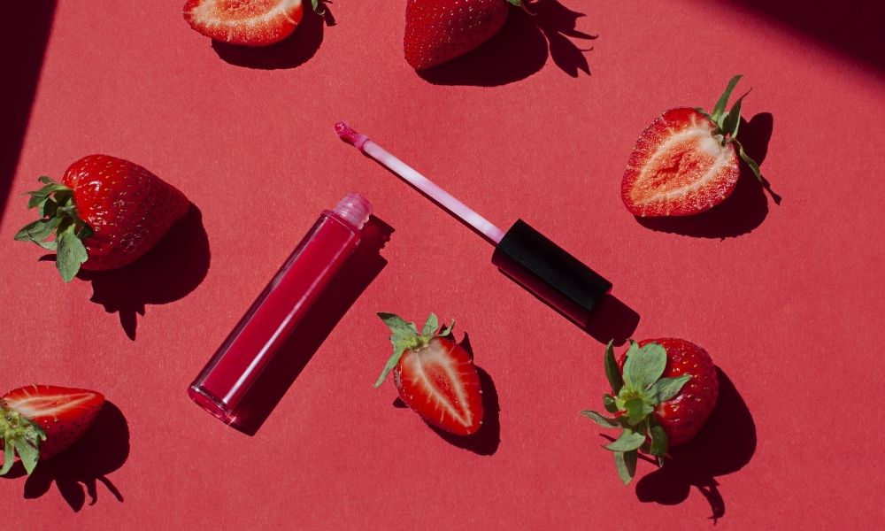 DIY Flavored Lip Gloss Recipes