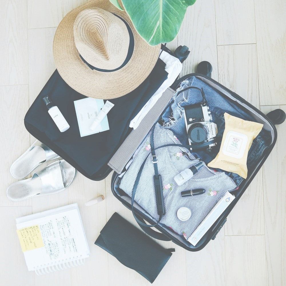 Expert Travel Advice : Top 5 packing tips for a few days away