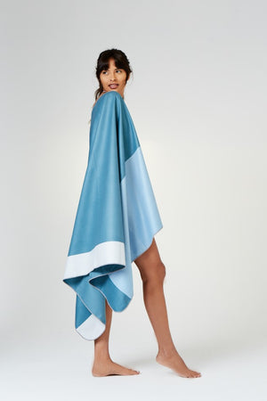 lightweight blue towel - anaskela