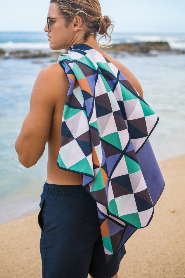 patterned microfibre beach towel - anaskela