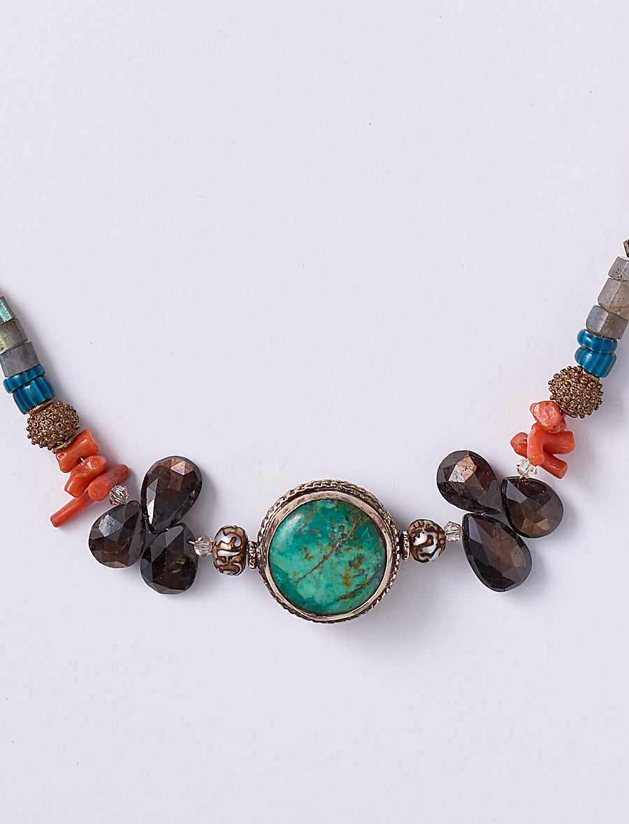 Turquoise Sapphire Short Necklace