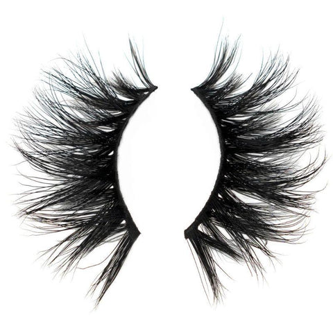 products/august-lashes.jpg
