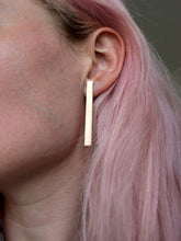 minimalistic lang statement eco earrings