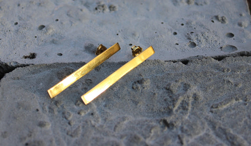long gold plated sustainable minimalistic those rectangular earrings