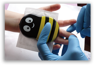Load image into Gallery viewer, Buzzy® Mini Healthcare