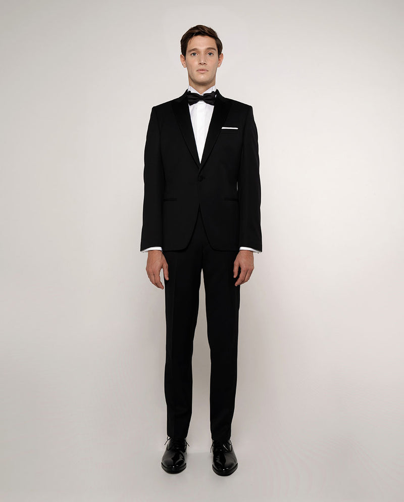 WING COLLAR TAILORED FIT TUXEDO SHIRT
