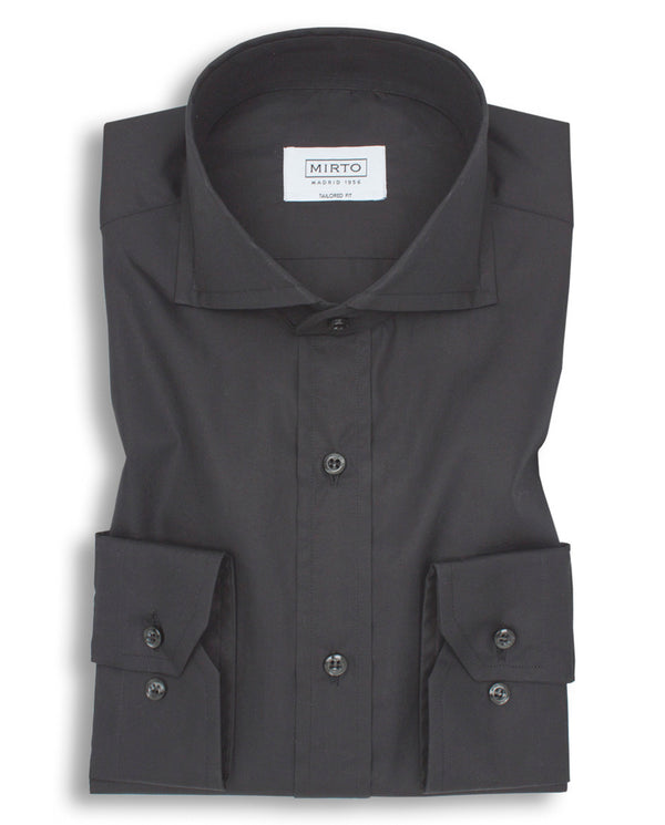 BLACK SPREAD-COLLAR TAILORED-FIT SHIRT