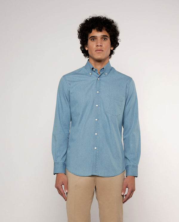 BUTTON DOWN COLLAR LIGHT DENIM SHIRT