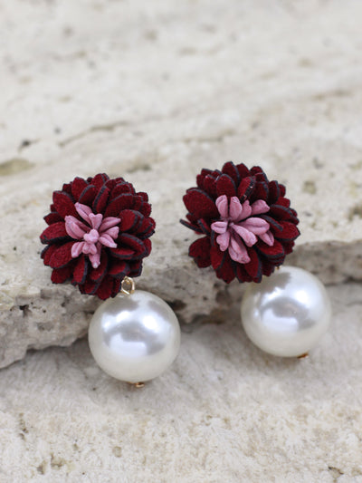 DAISY STUD EARRINGS (MAROON)