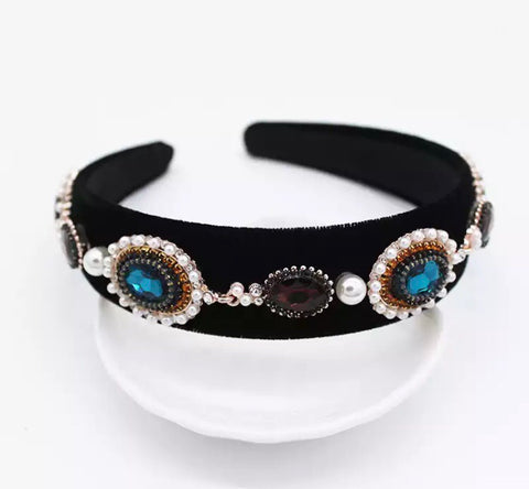 BLACK EMBELLISHED HAIRBAND