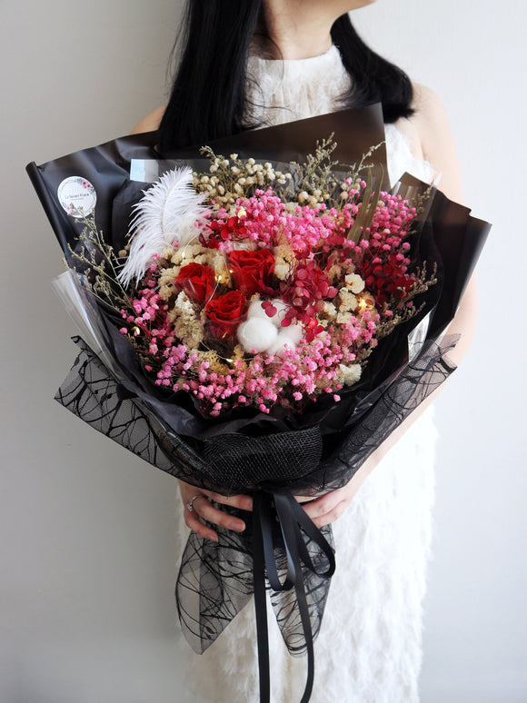 Dark Romance Bouquet