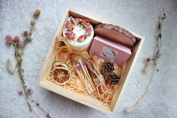 Dried Fleur Candle Set in Pink