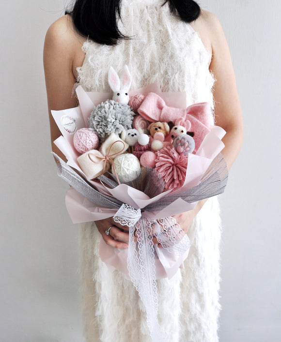 Cloud 9 Bouquet in Pink
