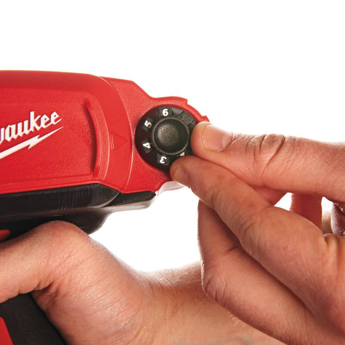 Milwaukee M12 PCG/310C-0 Massapuristin 310 ml