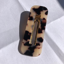 "Load image into Gallery viewer, ""Light Effect"" Acrylic Rectangle Hair Clip"