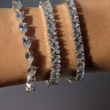 Load image into Gallery viewer, WATER-DROP CUT Tennis Bracelet