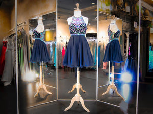A Line Halter Knee Length Cocktail Dresses Affordable Homecoming Dresses With Beading - NICEOO