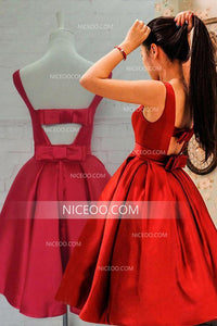 Red Round Neck Sleeveless Open Back Knee Length Homecoming Dresses Cocktail Dresses - NICEOO