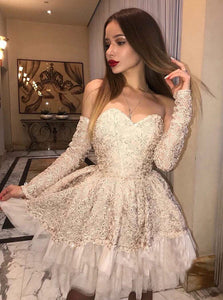 Unique Sweetheart Long Sleeves Lace Homecoming Dresses Cocktail Dresses