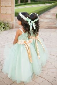 Cute sleeveless A Line Tulle Flower Girl Dresses