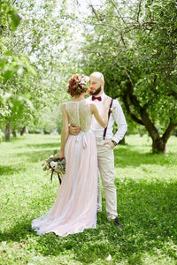 Elegant Ivory Lace Beach Wedding Dress Round Neck Pink Tulle Skirt