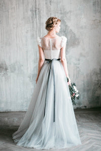Elegant Light Gray tulle Wedding Dress with  Flowers Sleeves