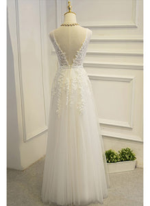 Romantic V Neck Tulle A-Line lace appliques wedding dresses