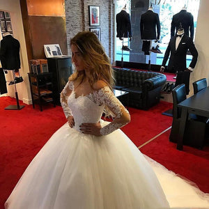 Vintage Appliqued Tulle Long Sleeves A Line Wedding Dresses Custom Made Plus Size