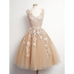 Cute Champagne A Line V Neck Appliques Tulle Prom Dresses Homecoming Dresses - NICEOO