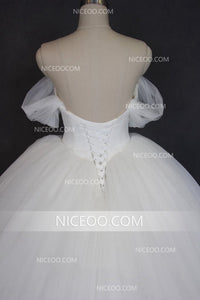 White Off Shoulder Sweetheart A Line Tulle Wedding Dresses Best Bride Gown - NICEOO