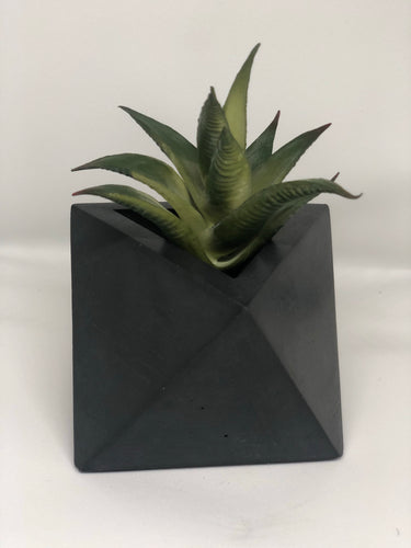Charcoal octahedron planter