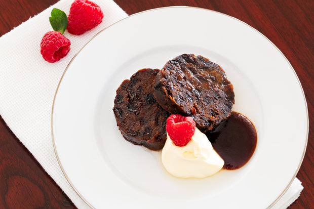 Chocolate Rum and Raisin Christmas Pudding 800g - Log in cloth