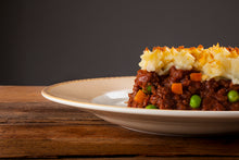 Load image into Gallery viewer, Rustic Kitchen Shepherds Pie 2.5kg