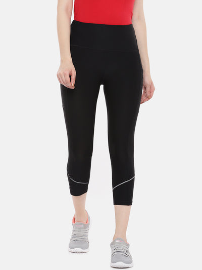 ARX-petite-crop-yoga-black-legging-with-reflective-detail-and-pockets-front