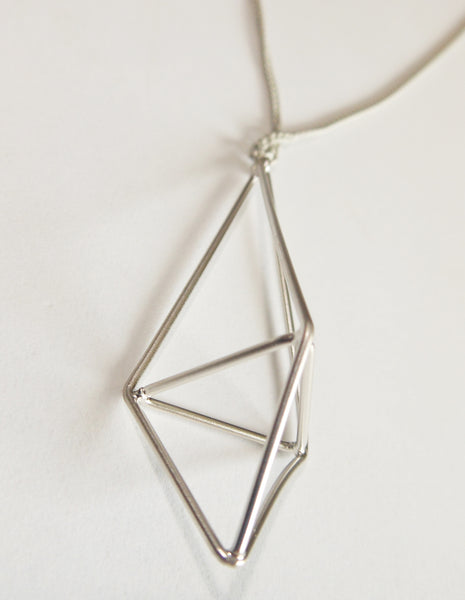 Pursuits-Silver-Prism-long-necklace-closeup