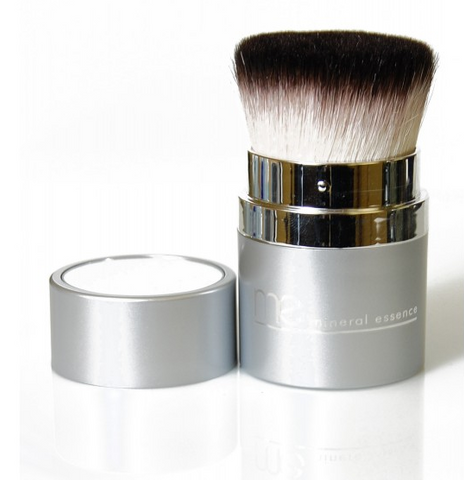 Mineral Essence - RETRACTABLE KABUKI BRUSH