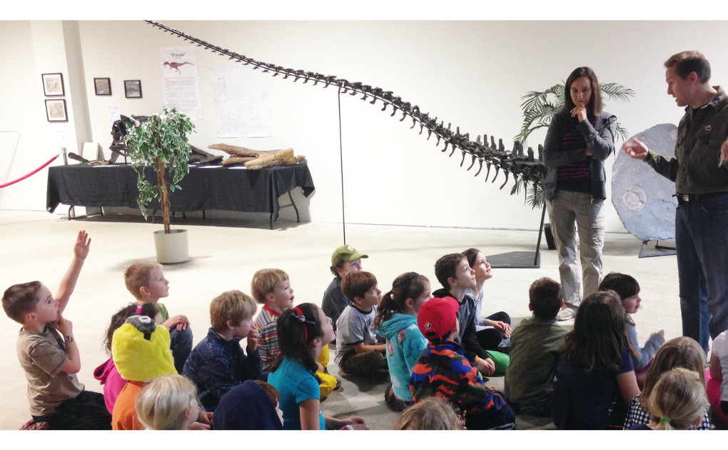 School presentations; want to engage your students? Bring them a dinosaur; Education, prehistoric education, Buttcrack Betty, Dinolab, Holzmaden Ammonite plate, Allosaurus tail, class presentation, mobile learning