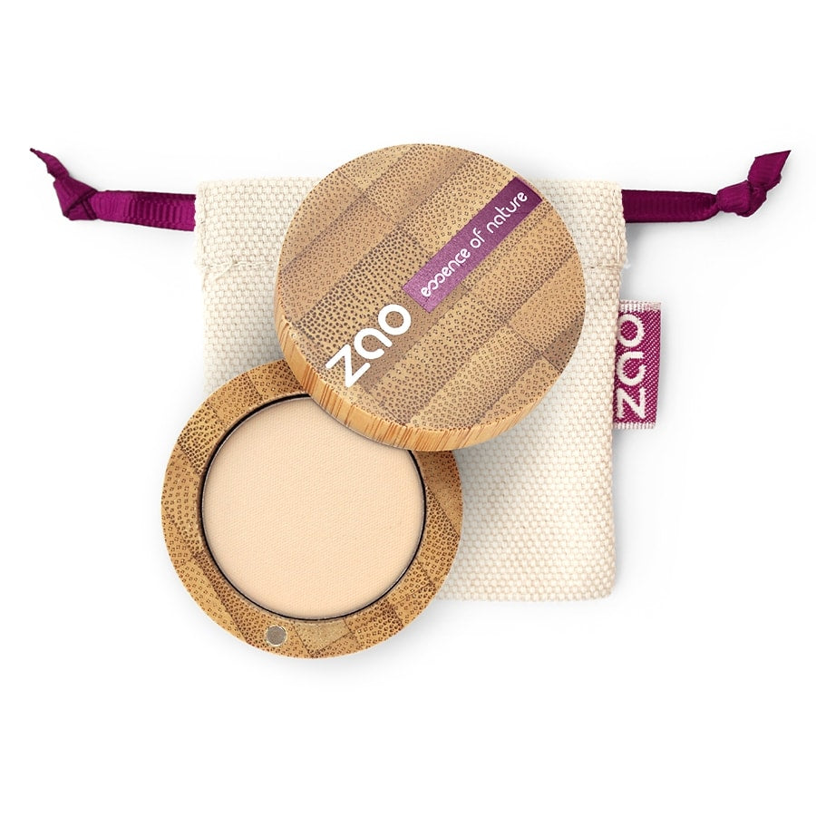 Matt Eyeshadow von Zao in Ivory im Bambus Case