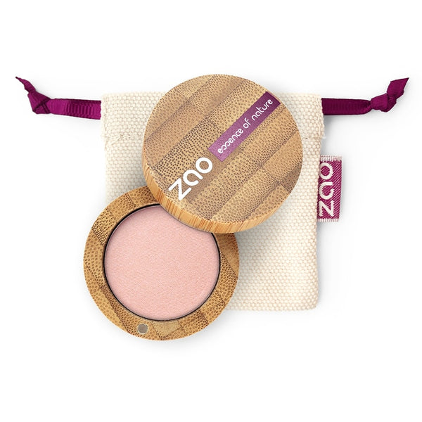 Matt Eyeshadow von Zao in Golden Old Pink im Bambus Case